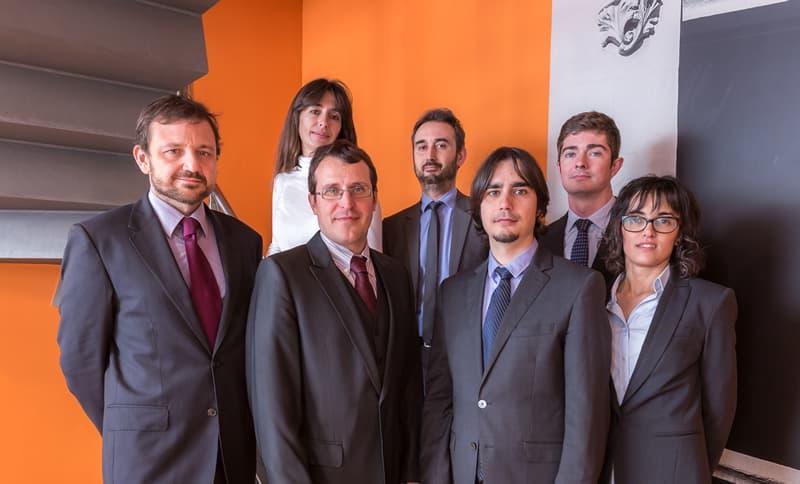 La Importància De Comptar Amb Un Advocat De Confiança